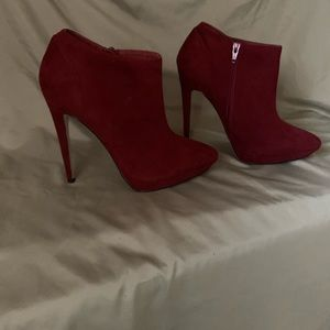 Kurt Geiger Shoes - Gorgeous Kurt Geiger burgundy ankle boot.